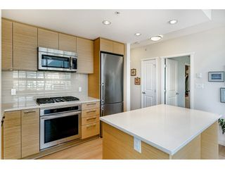 """Photo 8: 1807 3102 WINDSOR Gate in Coquitlam: New Horizons Condo for sale in """"CELADON"""" : MLS®# R2419088"""