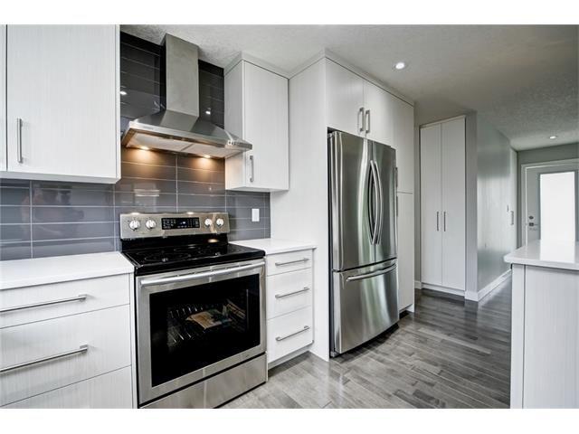 Photo 20: Photos: 448 CEDARPARK Drive SW in Calgary: Cedarbrae House for sale : MLS®# C4084629