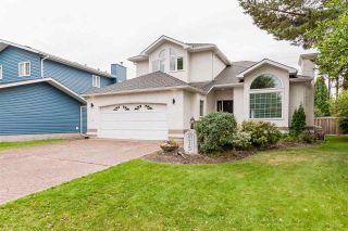 Photo 1: 215 HEAGLE Crescent in Edmonton: Zone 14 House for sale : MLS®# E4241702