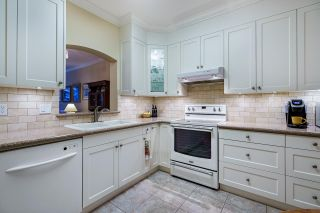 """Photo 9: 124 3098 GUILDFORD Way in Coquitlam: North Coquitlam Condo for sale in """"MARLBOROUGH HOUSE"""" : MLS®# R2555992"""