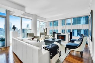 """Photo 10: 1902 667 HOWE Street in Vancouver: Downtown VW Condo for sale in """"PRIVATE RESIDENCES AT HOTEL GEORGIA"""" (Vancouver West)  : MLS®# R2615132"""