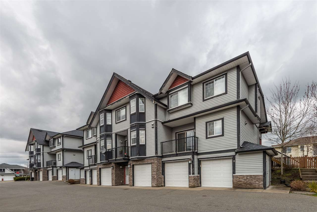 Main Photo: 7 31235 UPPER MACLURE Road in Abbotsford: Abbotsford West Townhouse for sale : MLS®# R2556286