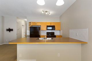 Photo 9: 94 Everridge Gardens SW in Calgary: Evergreen Row/Townhouse for sale : MLS®# A1069502