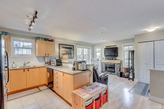 Photo 10: 20 7428 SOUTHWYNDE AVENUE in Burnaby: South Slope Townhouse for sale (Burnaby South)  : MLS®# R2164407