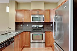 Photo 3: 216 45 Street NW in Montgomery Place: Apartment for sale : MLS®# C4018514