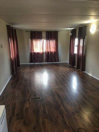 Photo 3: 5106 53 Avenue: Cold Lake Manufactured Home for sale : MLS®# E4159491