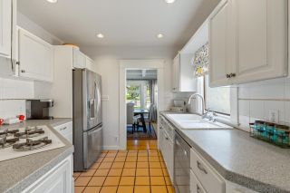 Photo 25: MISSION HILLS House for sale : 3 bedrooms : 3643 Kite St in San Diego