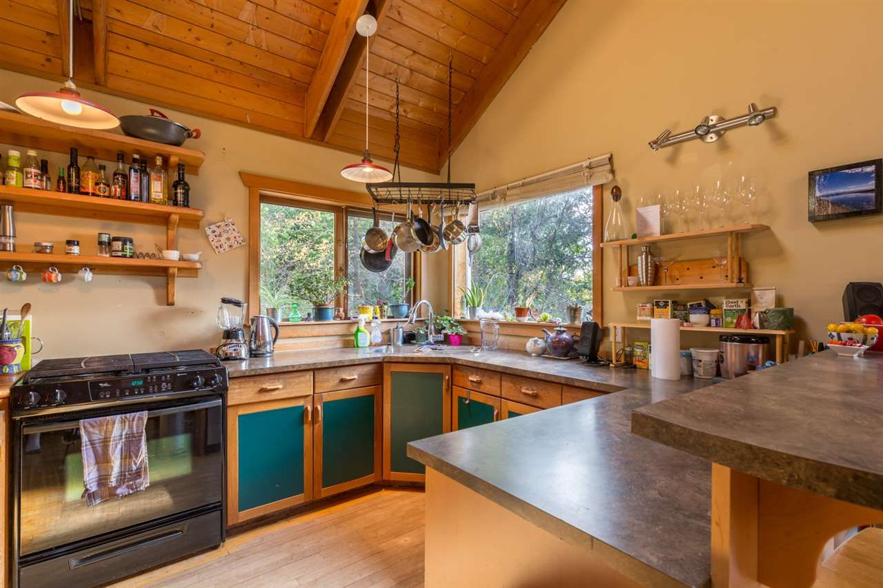 Photo 5: Photos: 1258 ROBERTS CREEK Road: Roberts Creek House for sale (Sunshine Coast)  : MLS®# R2116447