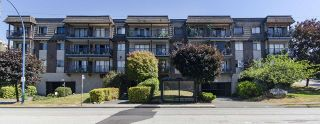 """Photo 20: 304 170 E 3RD Street in North Vancouver: Lower Lonsdale Condo for sale in """"BRISTOL COURT"""" : MLS®# R2480328"""