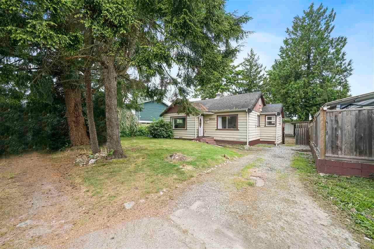 Main Photo: 20333 WANSTEAD Street in Maple Ridge: Southwest Maple Ridge House for sale : MLS®# R2598021