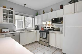 Photo 11: 3217 2 Street NW in Calgary: Mount Pleasant Row/Townhouse for sale : MLS®# A1083371