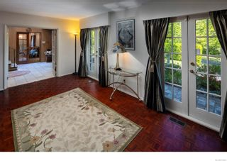 Photo 10: 3460 Beach Dr in : OB Uplands House for sale (Oak Bay)  : MLS®# 876991