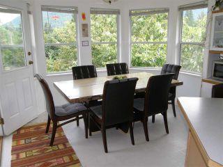 Photo 5: 65644 GARDNER Drive in Hope: Hope Kawkawa Lake House for sale : MLS®# R2383494