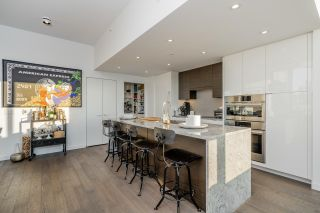 """Photo 4: 1402 1688 PULLMAN PORTER Street in Vancouver: Mount Pleasant VE Condo for sale in """"NAVIO AT THE CREEK"""" (Vancouver East)  : MLS®# R2603444"""