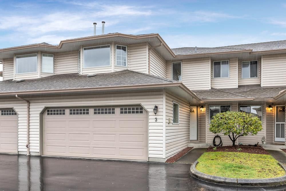 """Main Photo: 3 12268 189A Street in Pitt Meadows: Central Meadows Townhouse for sale in """"MEADOW LANE ESTATES"""" : MLS®# R2560747"""