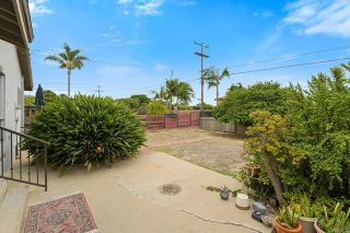 Photo 20: House for sale : 3 bedrooms : 5023 Fanuel Street in San Diego