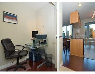 "Photo 9: 1010 RICHARDS Street in Vancouver: Downtown VW Condo for sale in ""THE GALLERY"" (Vancouver West)  : MLS®# V628281"