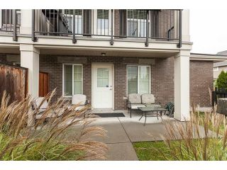 Photo 9: 1-20831 70 Ave in Langley: Willoughby Heights Townhouse for sale : MLS®# R2414199