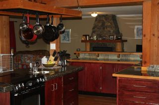 Photo 4: 3175 Bartlett Road in Naramata: Residential Detached for sale : MLS®# 143288