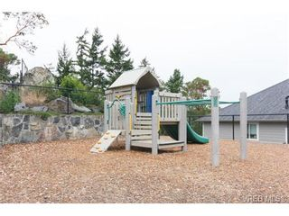 Photo 19: 3649 Coleman Pl in VICTORIA: Co Latoria House for sale (Colwood)  : MLS®# 685080