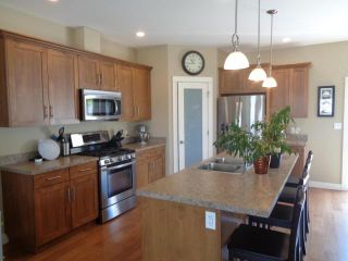 Photo 3: 200 FERNIE PLACE in KAMLOOPS: SOUTH KAMLOOPS House for sale : MLS®# 145695
