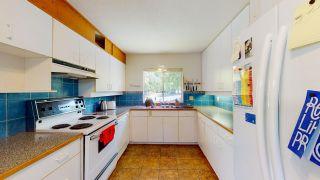 "Photo 6: 5824 MEDUSA Street in Sechelt: Sechelt District House for sale in ""DOWNTOWN"" (Sunshine Coast)  : MLS®# R2458155"