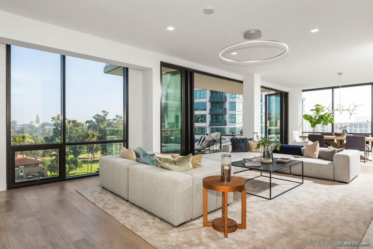 Main Photo: DOWNTOWN Condo for sale : 2 bedrooms : 2604 5th Ave #802 in San Diego