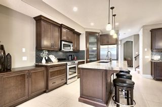 Photo 8: 3110 4A Street NW in Calgary: Mount Pleasant Semi Detached for sale : MLS®# A1059835