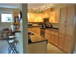 Photo 1: 5687 LOUISE Way in Sechelt: Sechelt District House for sale (Sunshine Coast)  : MLS®# V997996
