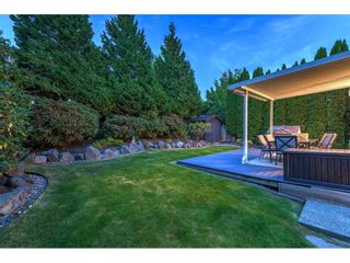 Photo 32: 15517 ROSEMARY HEIGHTS Crescent in Surrey: Morgan Creek House for sale (South Surrey White Rock)  : MLS®# R2615728