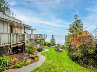 Photo 1: 3427 BEACH Avenue: Roberts Creek House for sale (Sunshine Coast)  : MLS®# R2519025