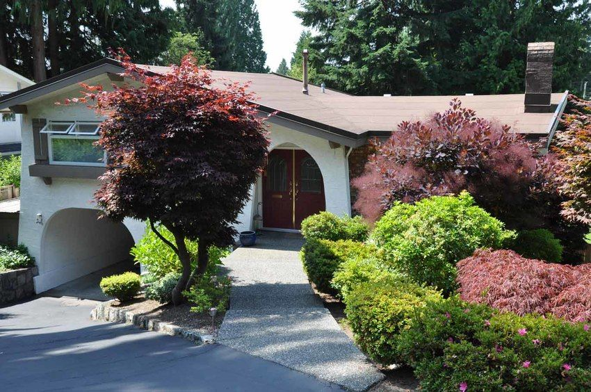 Main Photo: 1759 Pierard Road in North Vancouver: Lynn Valley Home for sale ()