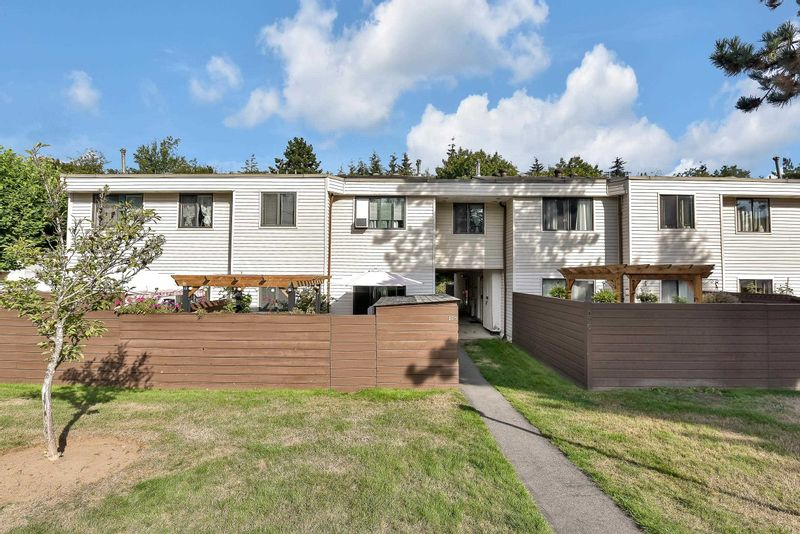 FEATURED LISTING: 118 - 14159 104 Avenue Surrey