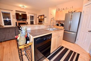 Photo 5: 748 Carriage Lane Drive: Carstairs House for sale : MLS®# C4165695