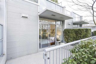 """Photo 6: 112 DUNSMUIR Street in Vancouver: Downtown VW Townhouse for sale in """"Spectrum 4"""" (Vancouver West)  : MLS®# R2437895"""