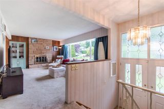 Photo 2: 1205 EASTVIEW Road in North Vancouver: Westlynn House for sale : MLS®# R2409324