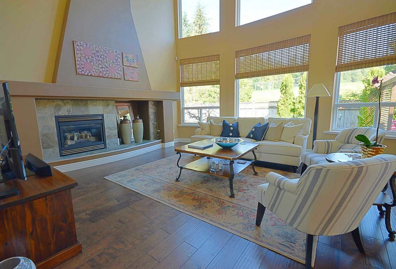 """Photo 7: Photos: 3087 MOSS Court in Coquitlam: Westwood Plateau House for sale in """"WESTWOOD PLATEAU"""" : MLS®# R2154481"""