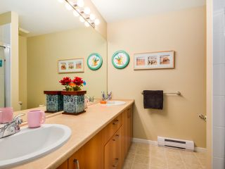 """Photo 5: 50 9088 HALSTON Court in Burnaby: Government Road Townhouse for sale in """"Terramor"""" (Burnaby North)  : MLS®# V1059563"""