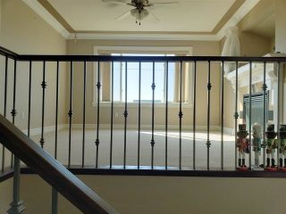 Photo 12: 5305 164 Avenue in Edmonton: Zone 03 House for sale : MLS®# E4236066