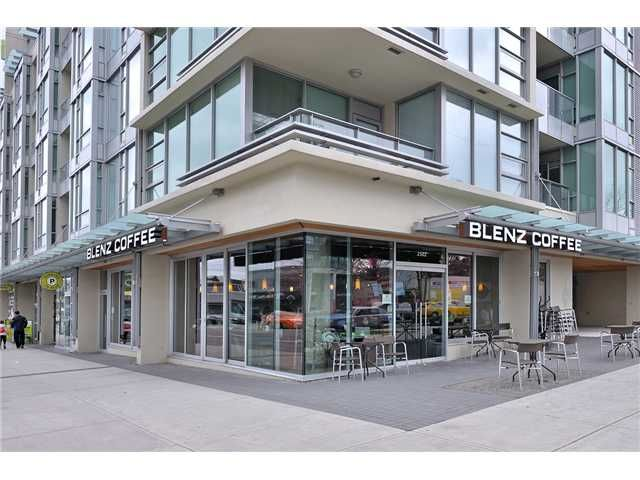 Main Photo: 2502 MAPLE ST in VANCOUVER: Kitsilano Home for sale (Vancouver West)  : MLS®# V4034734
