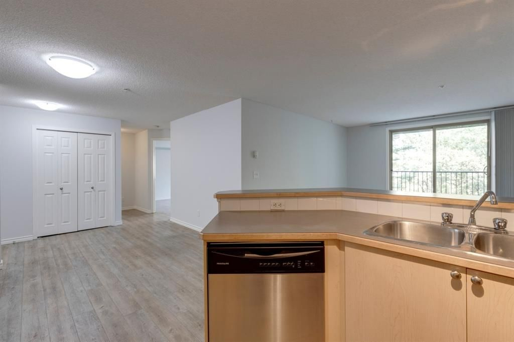 Photo 5: Photos: 3118 16969 24 Street SW in Calgary: Bridlewood Apartment for sale : MLS®# A1142385