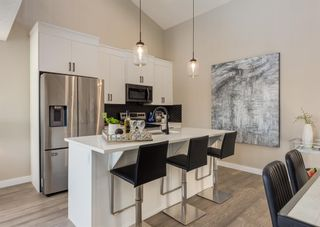Photo 9: 1956 19 Street NW in Calgary: Banff Trail Row/Townhouse for sale : MLS®# A1071030