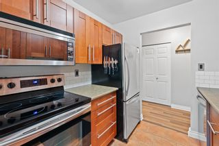 """Photo 8: 11658 KINGSBRIDGE Drive in Richmond: Ironwood Townhouse for sale in """"Kingswood Downes"""" : MLS®# R2598051"""
