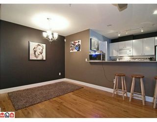 "Photo 5: 324 22020 49TH Avenue in Langley: Murrayville Condo for sale in ""MURRAY GREEN"" : MLS®# F2928123"
