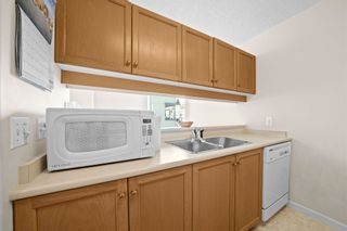 """Photo 9: 701 1436 HARWOOD Street in Vancouver: West End VW Condo for sale in """"HARWOOD HOUSE"""" (Vancouver West)  : MLS®# R2606000"""