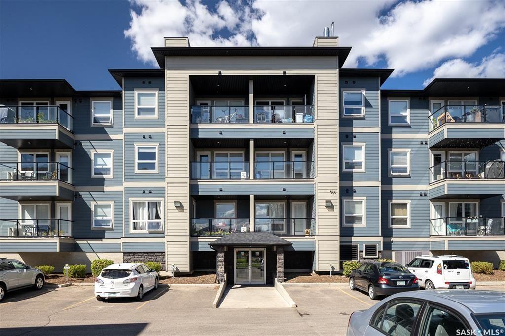 Main Photo: 4103 108 Willis Crescent in Saskatoon: Stonebridge Residential for sale : MLS®# SK872159