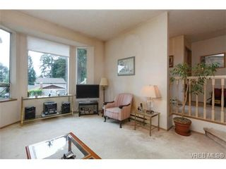 Photo 5: 596 Phelps Ave in VICTORIA: La Thetis Heights Half Duplex for sale (Langford)  : MLS®# 731694