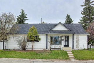 Main Photo: 77 Queen Anne Close SE in Calgary: Queensland Detached for sale : MLS®# A1104858