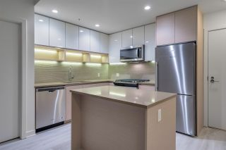 """Photo 7: 611 8850 UNIVERSITY Crescent in Burnaby: Simon Fraser Univer. Condo for sale in """"THE PEAK AT S.F.U."""" (Burnaby North)  : MLS®# R2336489"""