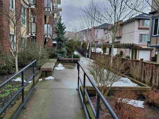 "Photo 13: 318 13883 LAUREL Drive in Surrey: Whalley Condo for sale in ""Emerald Heights"" (North Surrey)  : MLS®# R2430952"